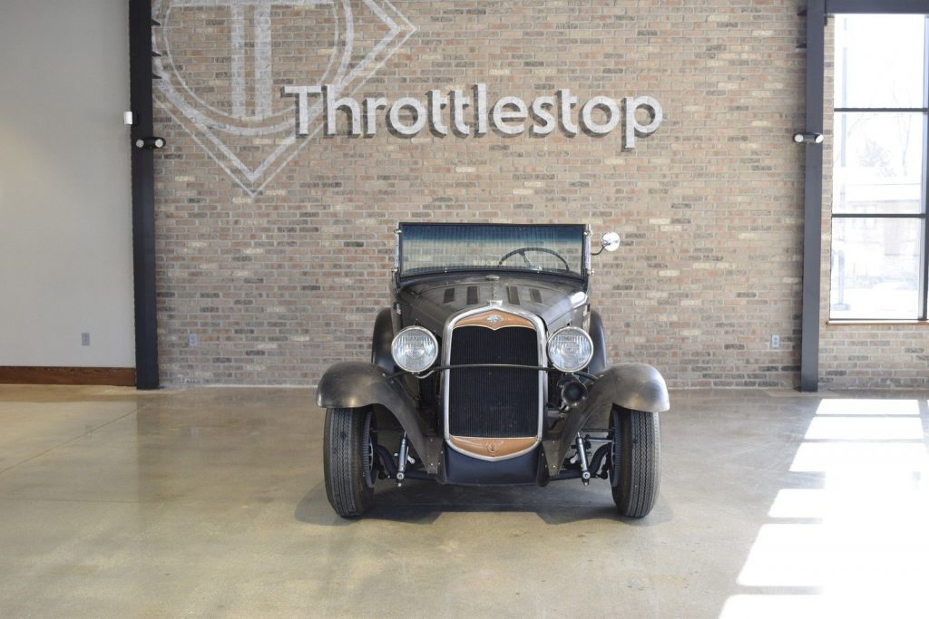 NICE 1930 Ford Roadster
